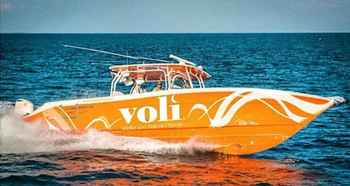 DJ Laz's HydraSports boat