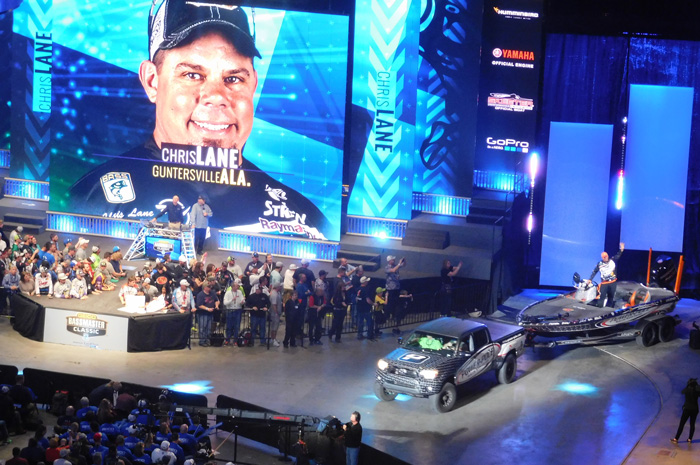 Chris Lane entering arena at Bassmaster Classic 2016 weigh-in Day 2