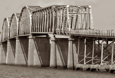 Eggner's Ferry Bridge