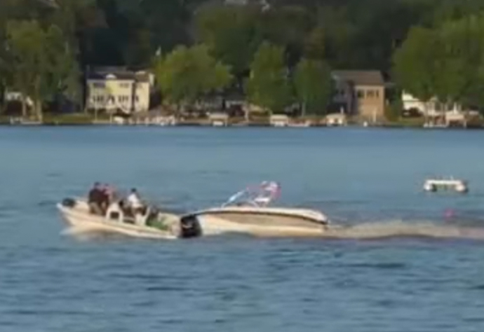 Lake Gage boat accident Yuxxy youtube video at 28 seconds