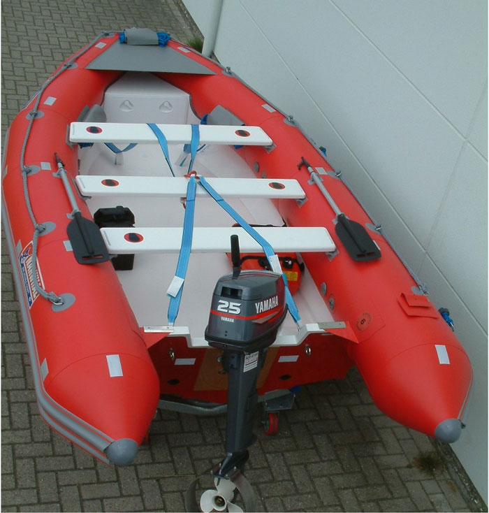 Narwhal SV 420 rescue boat