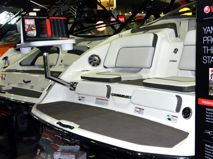 Swim platform seats with pedestal tray on Yamaha jet boat