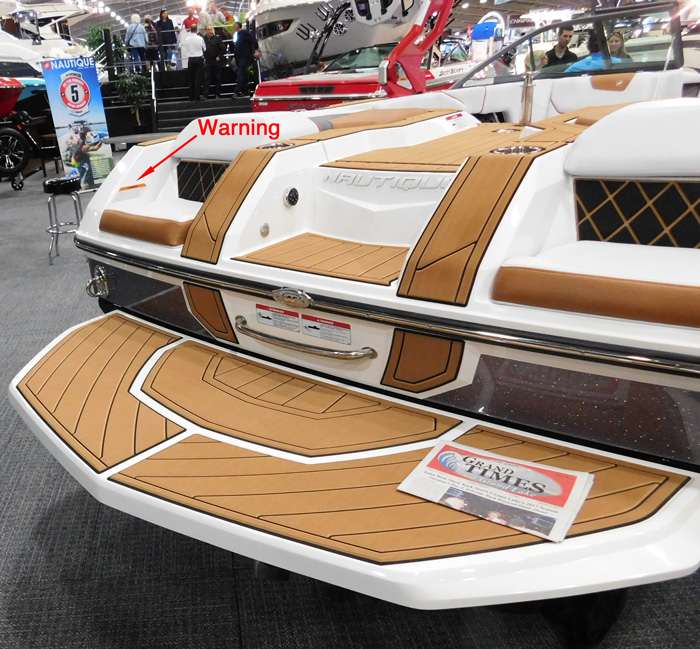 Super Air Nautique GS aft facing seat warning