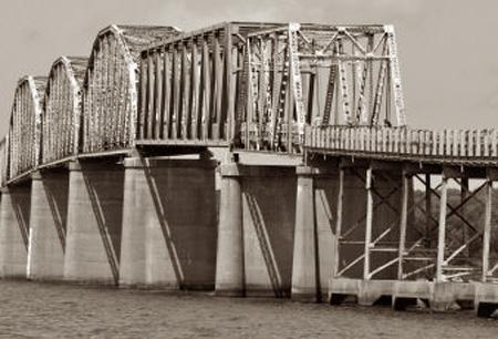 Eggner's Ferry Bridge