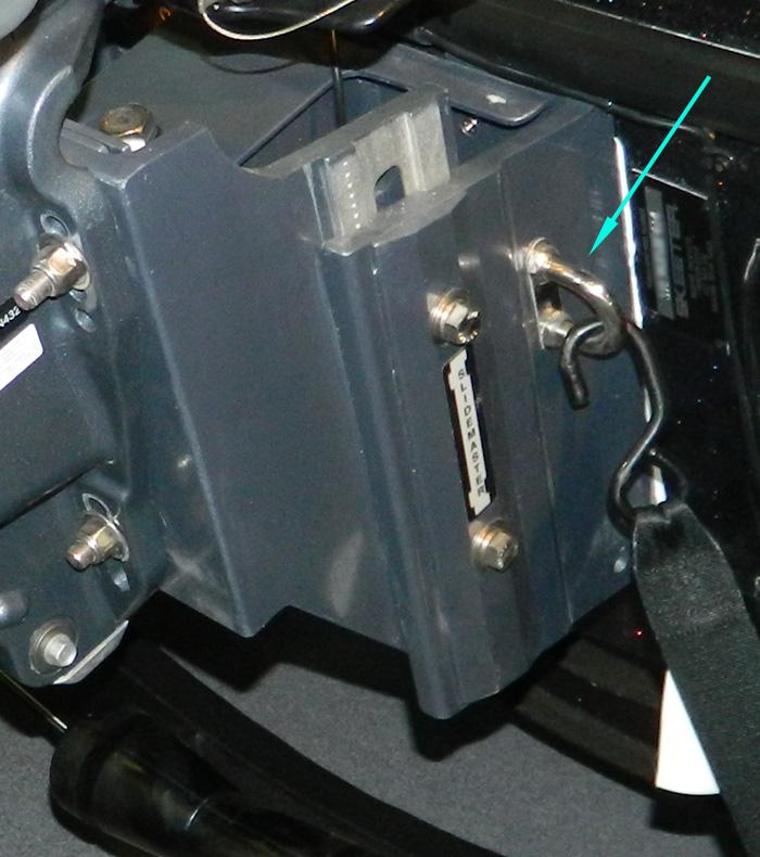 Slidemaster jack plate with U-bolt tie down