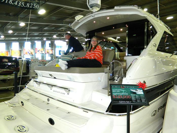 Regal salesmanship. 2014 Tulsa Boat Show.