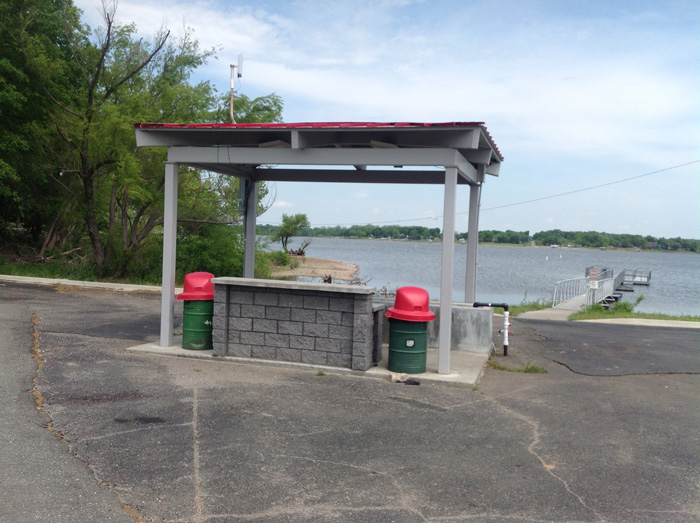 Weigh in station at Wolf Creek boat ramp, Grand Lake, Grove Oklahoma